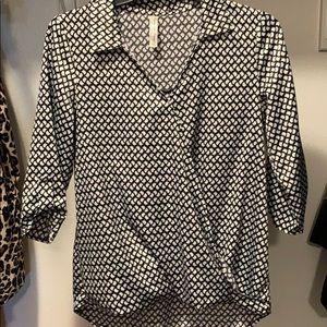 Bird print satin black and white blouse
